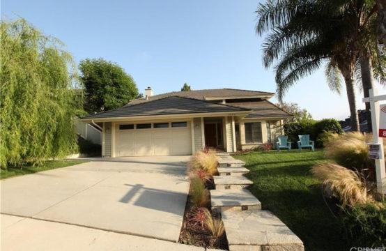 6860 Oak Springs Dr Oak Park, CA 91377